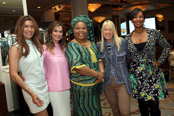 """Nicole Avant Veronica Smiley Visionary Women Presents """"Leymah Gbowee: Women At The Forefront Of Peace-building"""""""