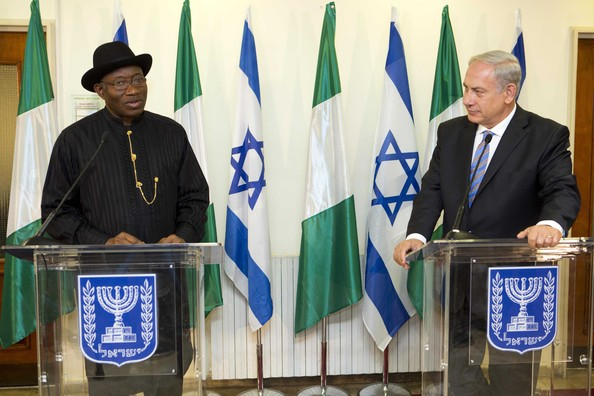 Israeli Prime Minister Benjamin Netanyahu (R) and the President of Nigeria Goodluck Jonathan (L) hold a presser during their meeting at the Prime Minister's Office October 28, 2013 in Jerusalem, Israel. On his first ever state visit to Israel, Jonathan spoke on combating against terrorism and ensuring stable economic relations between the two countries.