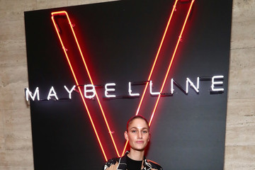 Niia An Evening at the Maybelline Mansion Presented by V