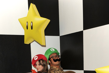 Kay Panabaker Nintendo Celebrates The Launch Of Super Mario 3D Land