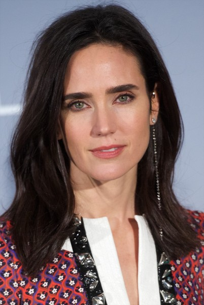 Jasmine's appearance was influenced by Jennifer Connelly.