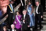 (Back row) Sweden's Crown Princess Victoria (L) and US physicist and Nobel Prize in Physics 2017 laureate Kip S Thorne, (front row) Sweden's Queen Silvia and chairman of teh Nobel foundation Carl-Henrik Heldin arrive for the 2017 Nobel Banquet for the laureates in medicine, chemistry, physics, literature and economics in Stockholm, on December 10, 2017. / AFP PHOTO / Jonathan NACKSTRAND