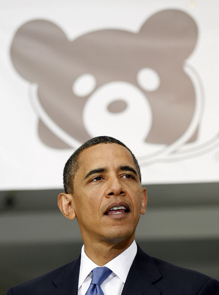 U.S. President Barack Obama (L) speaks to healthcare providers at Children's National Medical Center July 20, 2009 in Washington, DC. According to reports, Obama vowed to press ahead with his healthcare reform legislation in the face of GOP criticism.