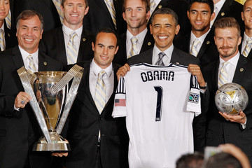 Landon Donovan Bruce Arena Obama Welcomes MLS Champions LA Galaxy To The White House