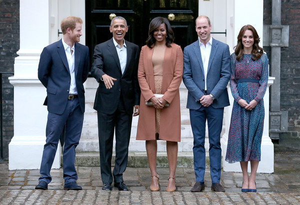 http://www1.pictures.zimbio.com/gi/Obamas+Dine+Kensington+Palace+6nlXG9NLCfxl.jpg