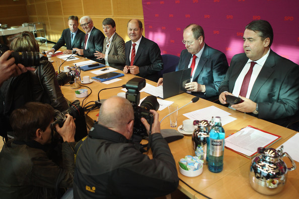 SPD Governing Board Agrees On Steinbrueck As Chancellor Candidate