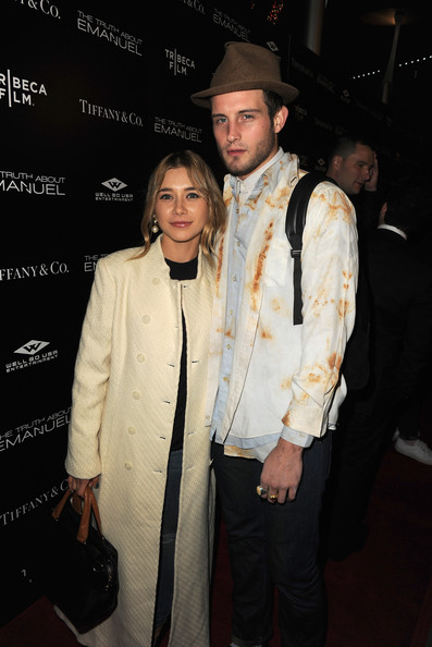 Olesya Rulin and nico tortorella