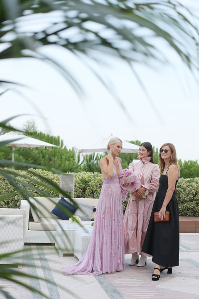 """Netflix """"Marriage Story"""" Pre Screening Drink - The 76th Venice Film Festival [marriage story pre screening drink - the 76th venice film festival,marriage story,photograph,dress,green,clothing,bridesmaid,pink,yellow,lavender,gown,bride,rose uniacke,olive uniacke,molly sims,pre screening drink,l-r,excelsior hotel,venice,netflix]"""