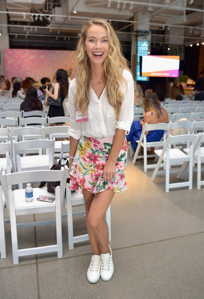 SIMPLY LA Fashion & Beauty Conference At The Americana At Brand Powered By WhoWhatWear