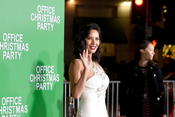 Olivia Munn Premiere of Paramount Pictures' 'Office Christmas Party' - Arrivals