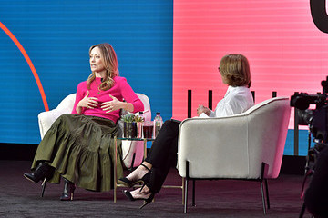 Olivia Wilde Katie Couric The 2020 MAKERS Conference - Day Two