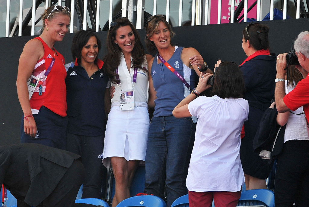 Kate Middleton Photos Photos - Olympics Day 14 - Hockey ...