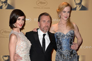 (L-R) Actors Paz Vega, Tim Roth, and Nicole Kidman attend the Opening Ceremony dinner during the 67th Annual Cannes Film Festival on May 14, 2014 in Cannes, France.