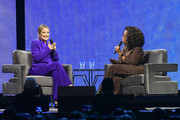 (EXCLUSIVE COVERAGE) (L-R) Kate Hudson and Oprah Winfrey speak during Oprah's 2020 Vision: Your Life in Focus Tour presented by WW (Weight Watchers Reimagined) at Chase Center on February 22, 2020 in San Francisco, California.