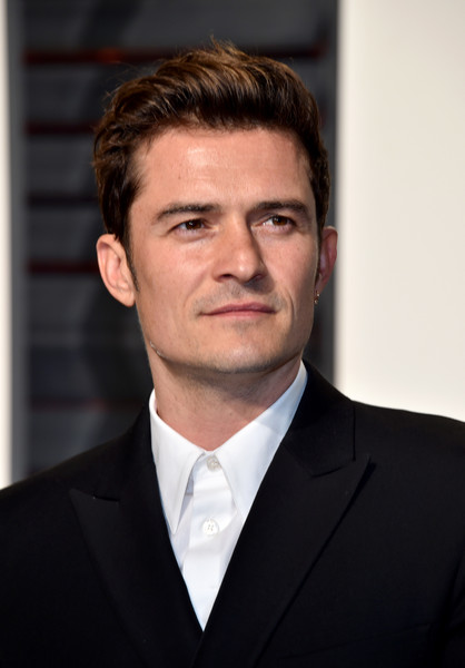 http://www1.pictures.zimbio.com/gi/Orlando+Bloom+2017+Vanity+Fair+Oscar+Party+8X2Rvfx0_Qsl.jpg
