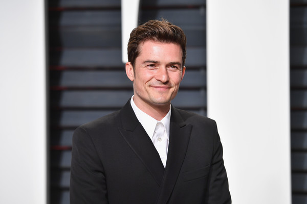 http://www1.pictures.zimbio.com/gi/Orlando+Bloom+2017+Vanity+Fair+Oscar+Party+ETiaKmqFLPol.jpg