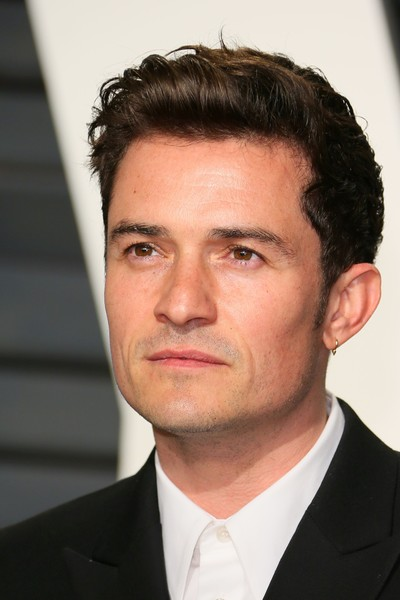 http://www1.pictures.zimbio.com/gi/Orlando+Bloom+2017+Vanity+Fair+Oscar+Party+uUCvFGOPVoWl.jpg