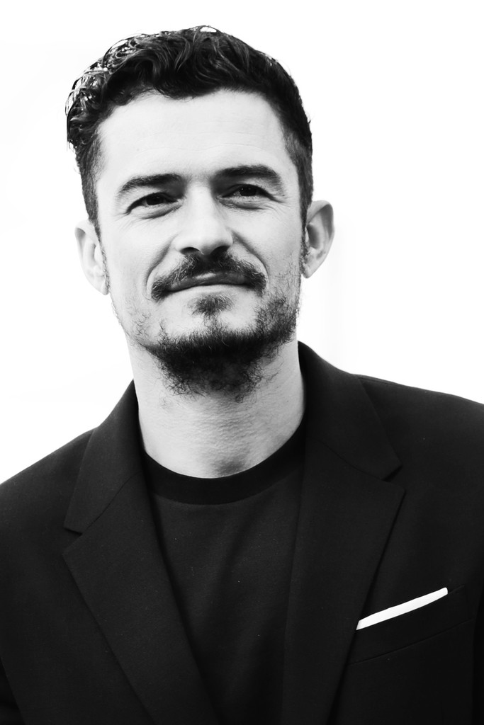 http://www1.pictures.zimbio.com/gi/Orlando+Bloom+Alternative+Views+12th+Rome+y49tbjclawpx.jpg