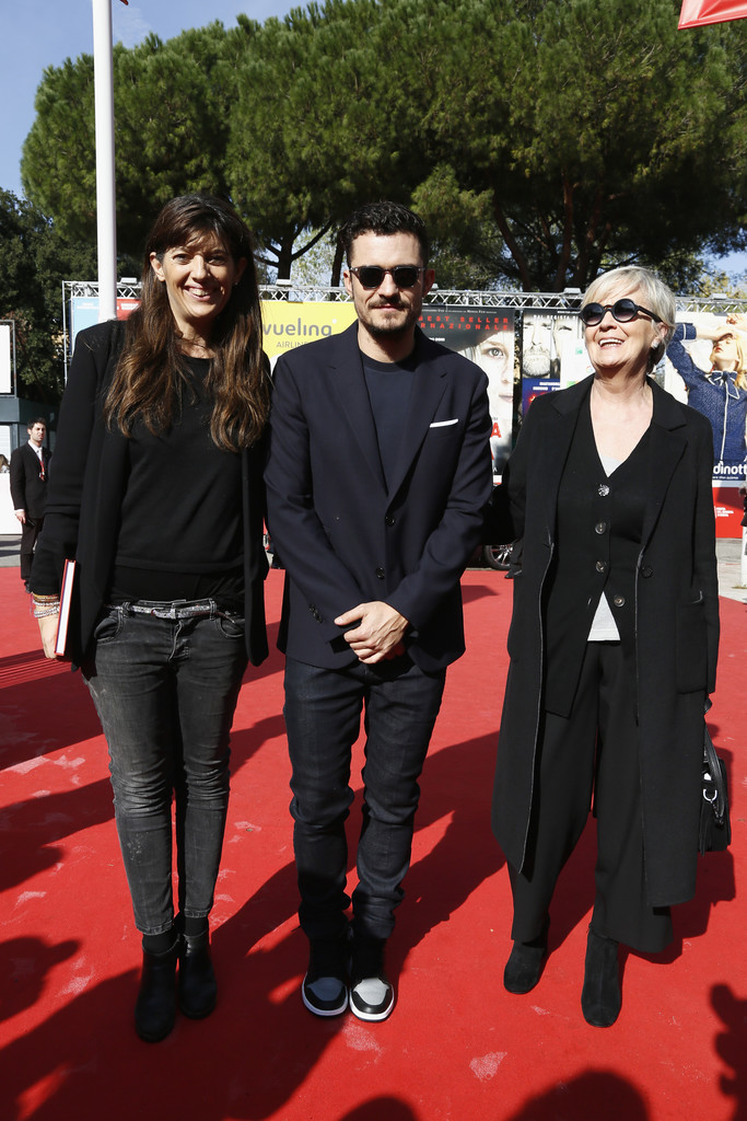 http://www1.pictures.zimbio.com/gi/Orlando+Bloom+Romans+Red+Carpet+12th+Rome+POEw1wtkWi_x.jpg