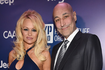 Pamela Anderson 4th Annual Sean Penn & Friends HELP HAITI HOME Gala Benefiting J/P Haitian Relief Organization - Red Carpet