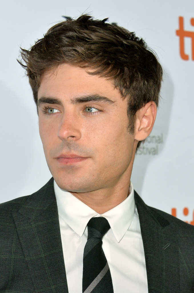 Zac Efron Pictures - &...