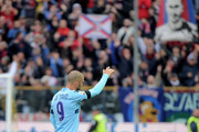 Marco Di Vaio of Bologna applaud the fans during the Serie A match between Parma FC and Bologna FC at Stadio Ennio Tardini on May 13, 2012 in Parma, Italy.