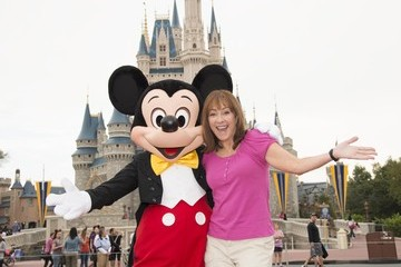 Patricia Heaton 'The Middle' Tapes Season Finale at Disney World