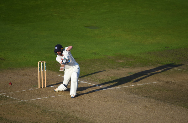 Warwickshire vs. Durham - Specsavers County Championship: Division Two