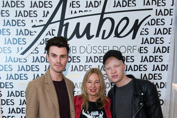 Paul Henry Duval Shaun Ross Meet & Greet At Jades Store In Duesseldorf