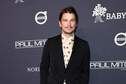 Josh Hartnett attends The 2017 Baby2Baby Gala presented by Paul Mitchell on November 11, 2017 in Los Angeles, California.