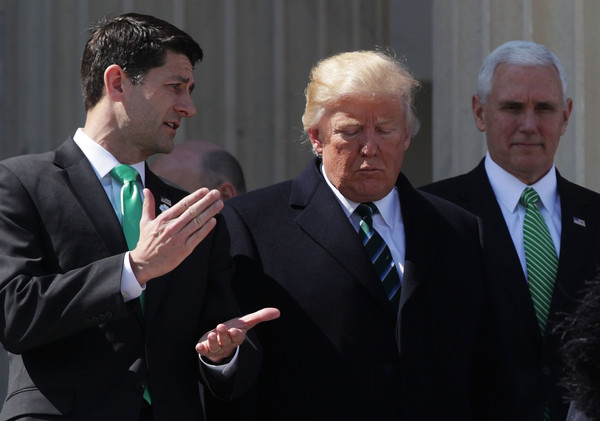 http://www1.pictures.zimbio.com/gi/Paul+Ryan+Trump+Paul+Ryan+Attend+Traditional+4roypEjSF6Yl.jpg