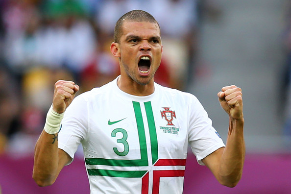 http://www1.pictures.zimbio.com/gi/Pepe+UEFA+EURO+2012+Matchday+6+Pictures+Day+R84FcwOLiLwl.jpg