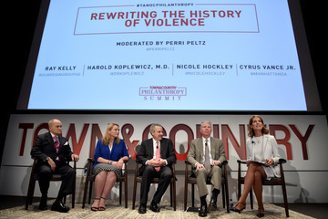 Perri Peltz Fifth Annual Town & Country Philanthropy Summit - Panels