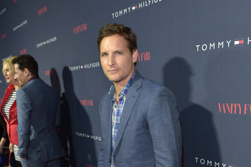 Peter Facinelli Zooey Deschanel Debuts New Capsule Collection — Part 2