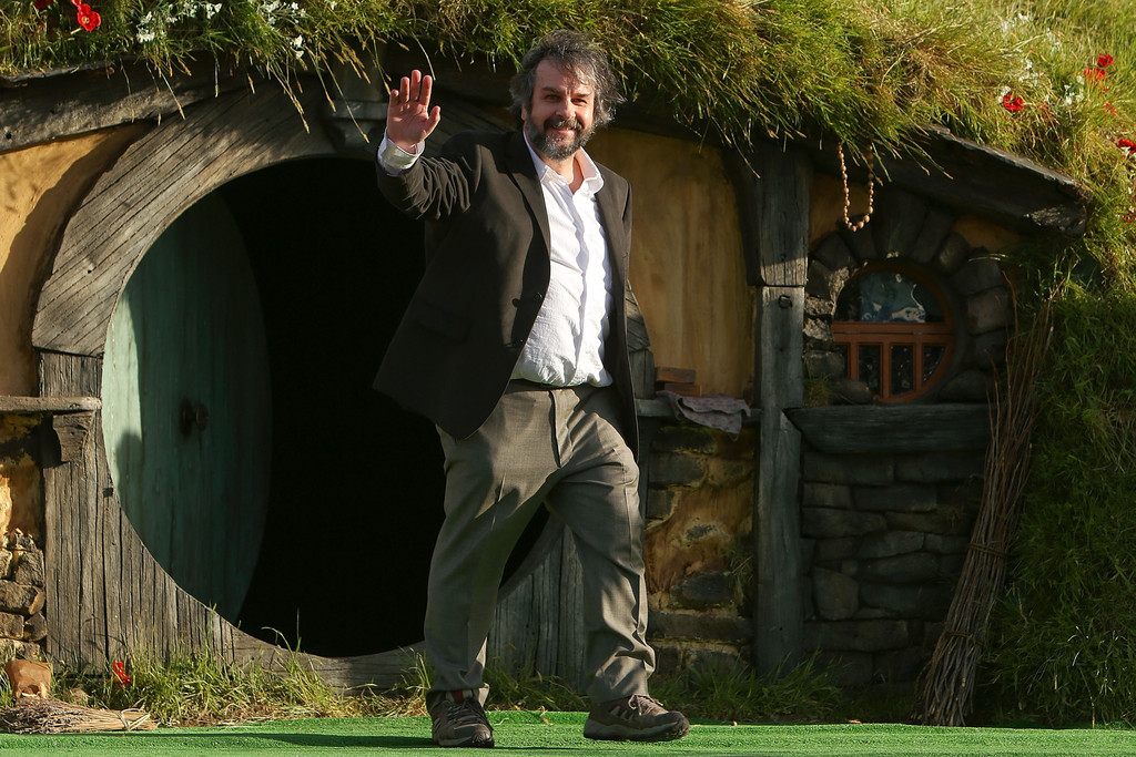 http://www1.pictures.zimbio.com/gi/Peter+Jackson+Hobbit+Unexpected+Journey+World+_LdVUYY6uyAx.jpg