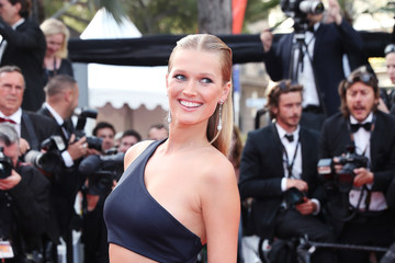 Petra Nemcova 'The Beguiled' Red Carpet Arrivals - The 70th Annual Cannes Film Festival