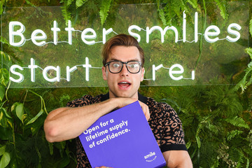 Pierson Fode SmileDirectClub Invites Celebrities And Influencers To Join Them At TMG's Pre-Oscars Lounge Party At The Beverly Hilton Hotel To Get Them Red Carpet-Ready With Its Premium Teeth Whitening Bar And New Line Of Oral Care Products
