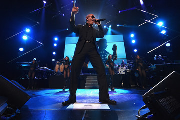 Pitbull PlentiTogether LIVE - Show