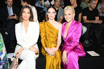 Pixie Lott Schiaparelli : Front Row - Paris Fashion Week - Haute Couture Fall/Winter 2019/2020