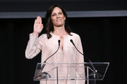 Annabeth Gish attends the Planned Parenthood Advocacy Project LA County's Politics, Sex, & Cocktails fundraiser on October 6, 2018 in Los Angeles, California.