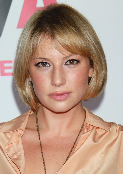 ari graynor boyfriendari graynor instagram, ari graynor eddie kaye thomas, ari graynor, ari graynor tumblr, ari graynor imdb, ari graynor boyfriend, ari graynor net worth, ari graynor movies, ari graynor bad teacher, ari graynor fringe, ari graynor nudography, ari graynor measurements