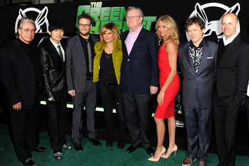 "Howard Stringer Amy Pascal Premiere Of Columbia Pictures' ""The Green Hornet"" - Arrivals"