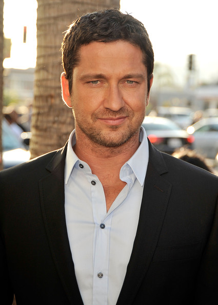 "Actor Gerard Butler arrives at the premiere of Columbia Pictures' ""The Ugly Truth"" held at Pacific?s Cinerama Dome on July 16, 2009 in Hollywood, California."