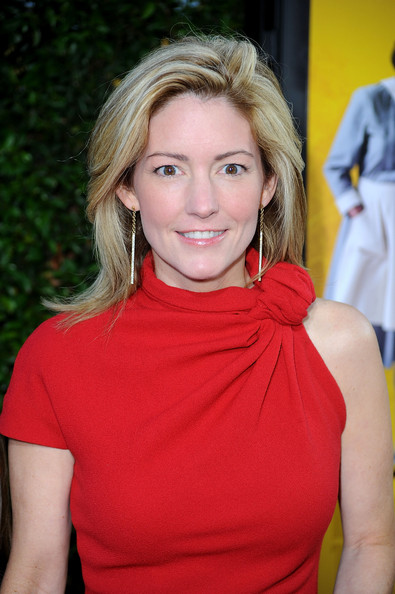 help katherine stockett The help is the phenomenal international bestseller (that inspired the oscar nominated film) by kathryn stockett the #1 new york times bestselling novel and basis.