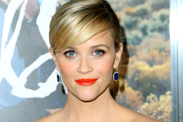 Reese Witherspoon Shines on the Red Carpet