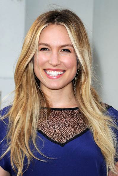 "Actress Sarah Carter arrives at the Premiere Of Freestyle Releasing's ""A Little Help"" at Sony Pictures Studios on July 14, 2011 in Culver City, California."