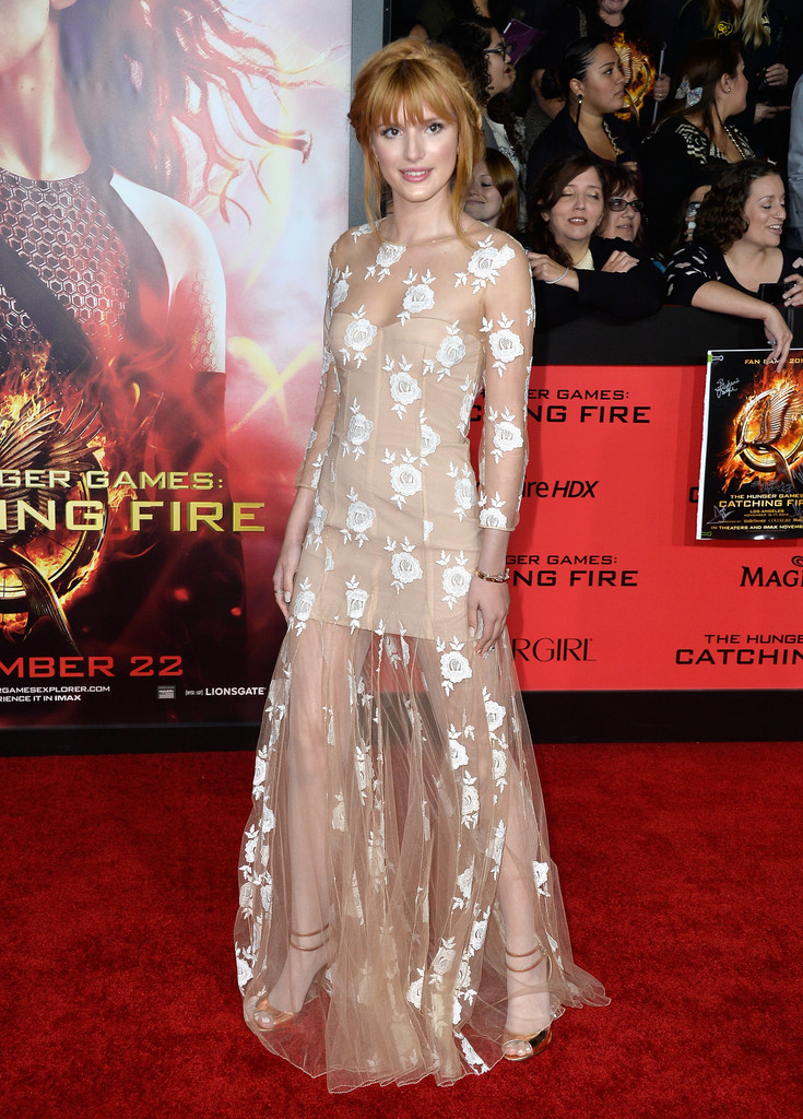 Bella Thorne Photos Photos The Hunger Games Catching