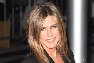 Jennifer Aniston Hits the Red Carpet