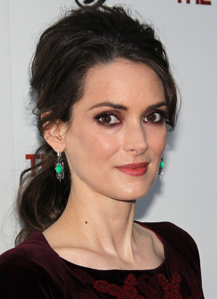 Winona Ryder Photos - ...