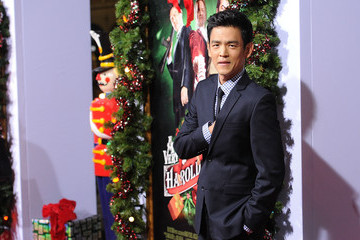 Zimbio Exclusive Video: Interview with John Cho of 'A Very Harold & Kumar 3D Christmas'